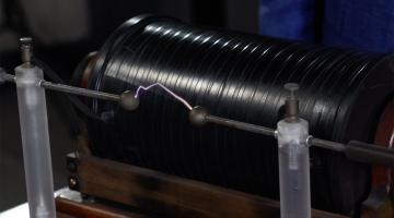 Electricity and Magnetism: Maxwell's Equations