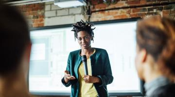 Why Introverts Can Be the Best Public Speakers