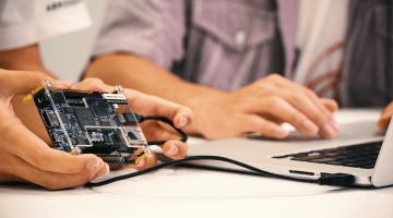 IoT System Design: Software and Hardware Integration