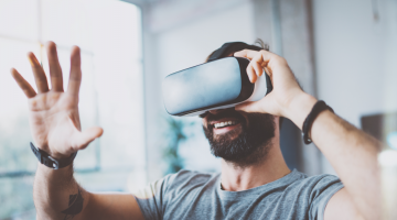 Virtual Reality Uses for Business
